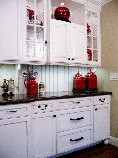 9 Gorgeous Red and Black Kitchen Ideas 2