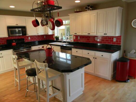 9 Gorgeous Red and Black Kitchen Ideas 3