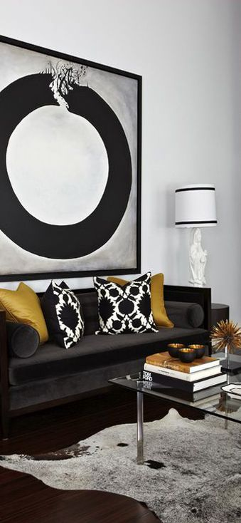 8 Luxurious Black and White Living Room Ideas 5