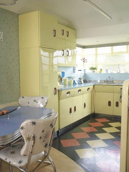 8 Funky Retro Kitchen Ideas 8