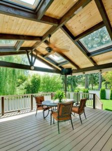 7 Stunning Covered Deck Ideas 7