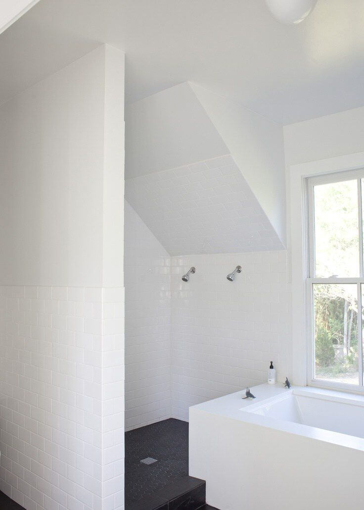 Bathroom Remodel Ideas With Inclined Ceiling 3