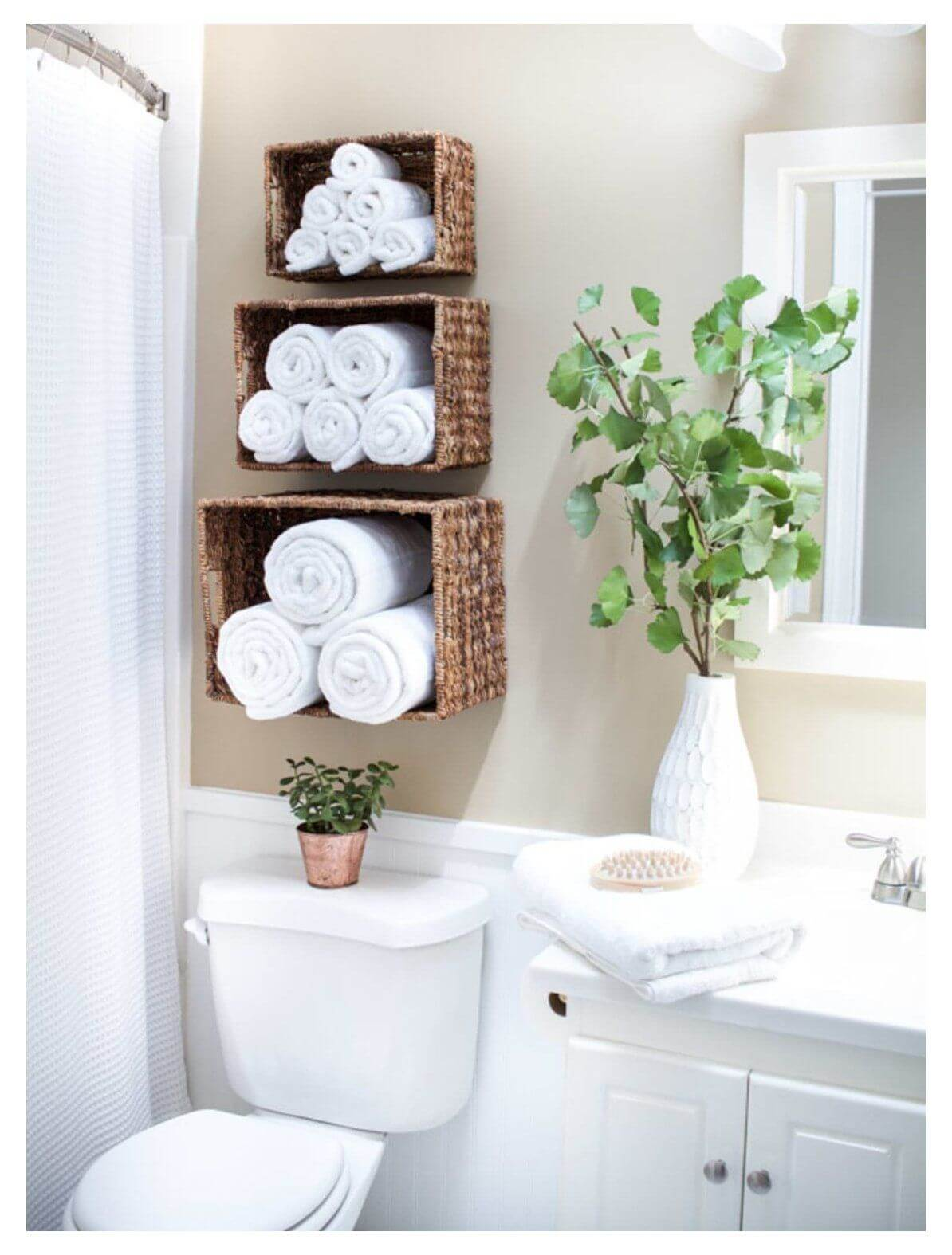 Ideas For Towel Storage In Small Bathrooms 1
