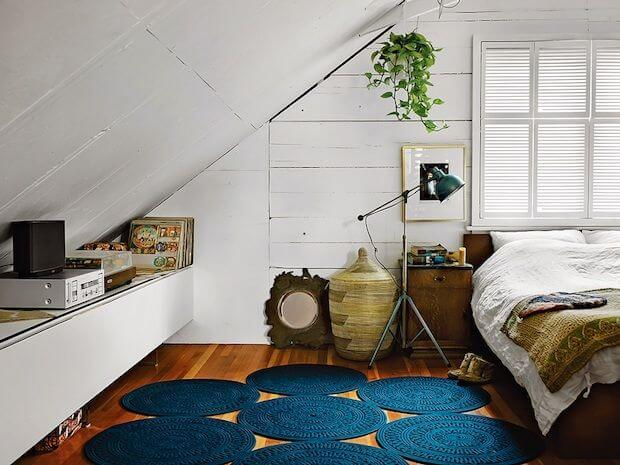 Low Vaulted Ceiling Bedroom Ideas 4